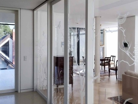 Sandstrahlmotiv-Auf-Glas-Glasgestaltung-Glasvoit