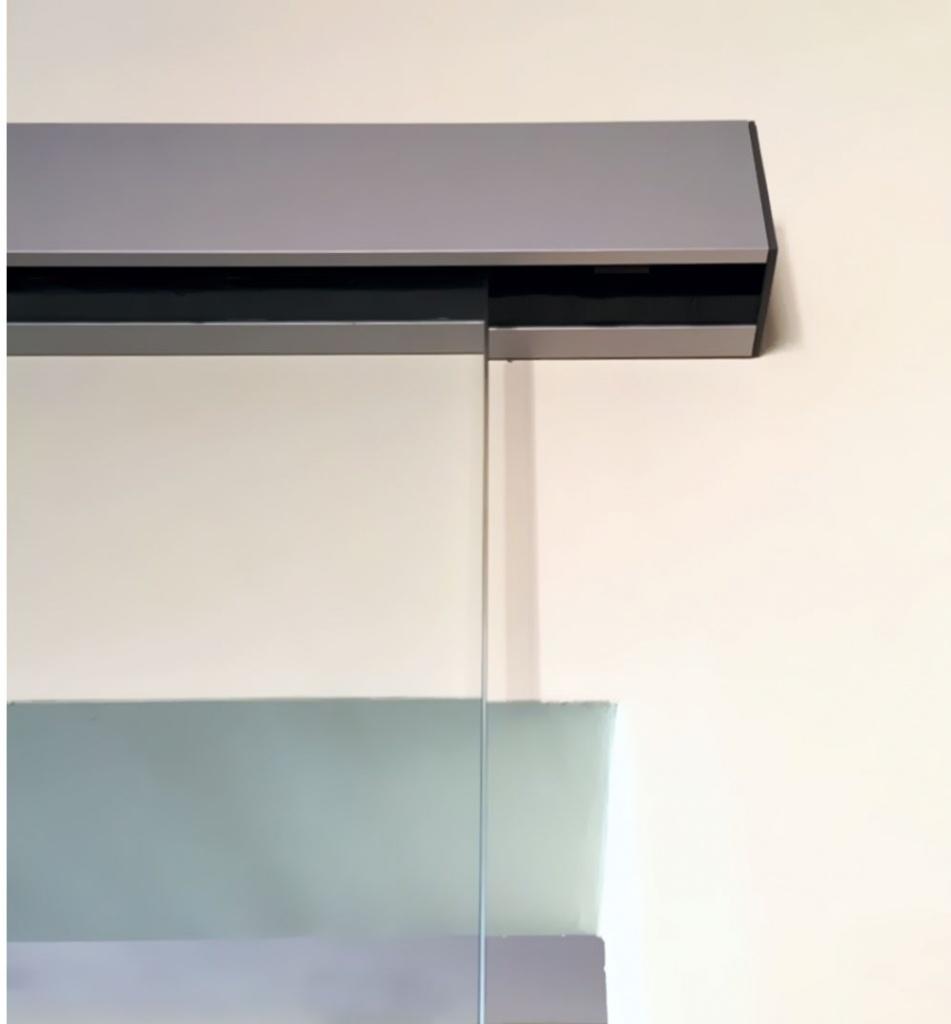 Schiebetüraufhängung für Glastür