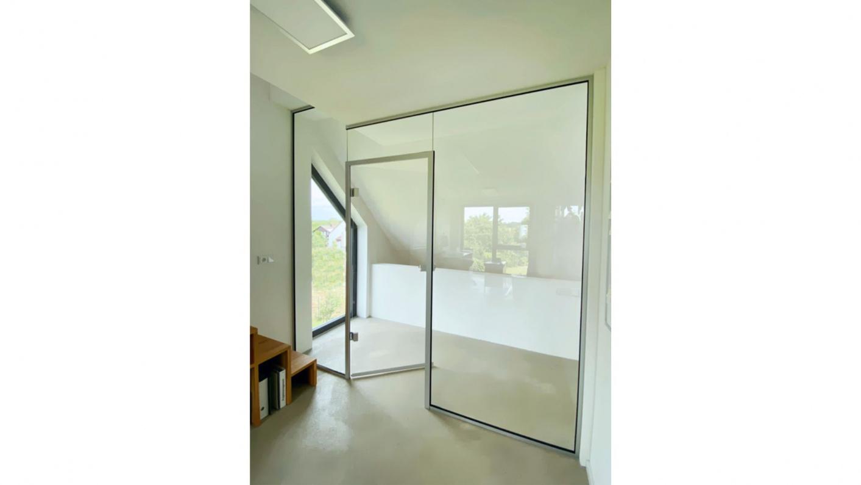 Glastrennwand für Homeoffice Bereich