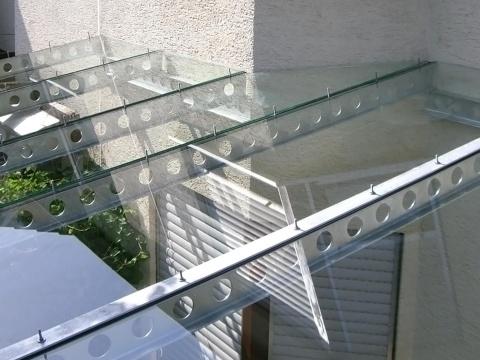 35-Glas-Carport