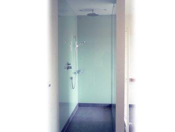 Walk-In Dusche Mit Glaswänden