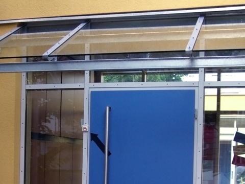 Glas-Stahl-Vordach-Nach-Maß-Glas-Voit