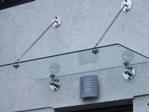 Glasvordach-Eingang-Glas-Voit