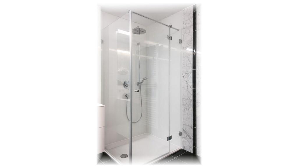 Duschkabine in weiss