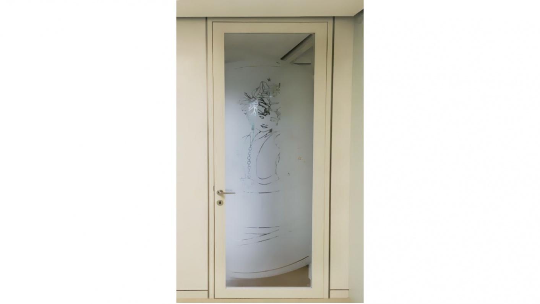Moderne Glasgestaltung mit Motiven