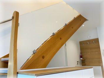 Glasbalustraden Für Holztreppe